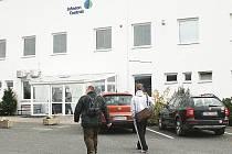 Firma Johnson Controls stahuje část výroby sedaček pro Volvo do Švédska.