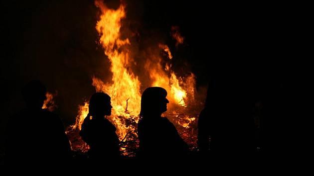 Muž vyhrožoval zapálením. Ilustrační foto