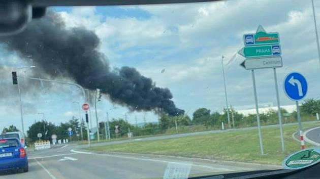 Požár kombajnu u Olympie.