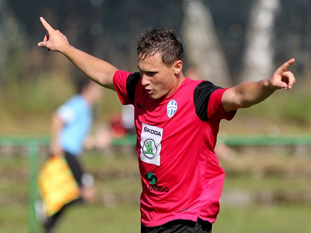 3. kolo Juniorské ligy mezi domácím Baumitem Jablonec (v zeleném) a Mladou Boleslaví se hrálo v pondělí 5. srpna na stadionu v Břízkách.