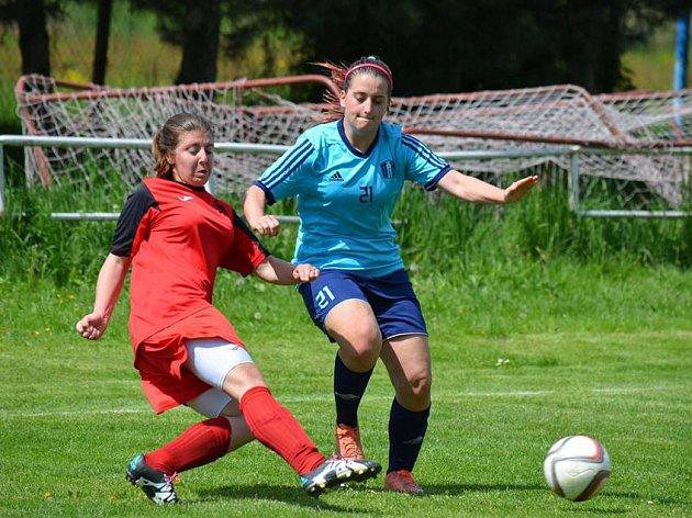 Fotbal, ČFL žen, Sporting Mladá Boleslav - DFK Mnichovo Hradiště.