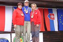 Věra Majerová (vlevo) si vystřílela stříbrnou medaili.