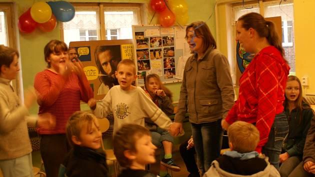 Děti si na svých schůzkách i moc rády zazpívají