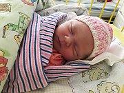 Ivuška Ježková se narodila 19. ledna s váhou 3,39 kg a délkou 50 cm. S maminkou Zuzanou a tatínkem Ivanem bude bydlet v Mladé Boleslavi, kde už se na ni těší sestřička Anička.