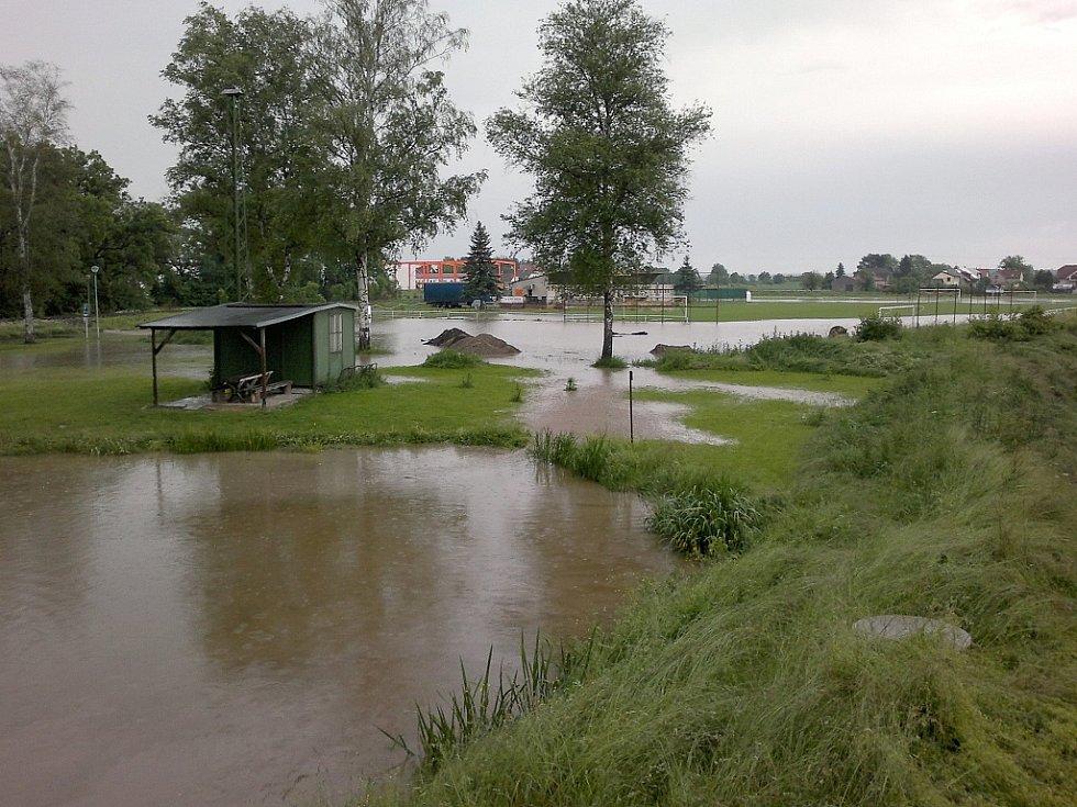 Voda zaplavila Mladoboleslavsko