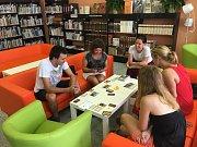 Deskohraní v knihovně