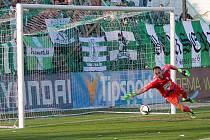 Na dvě střely fotbalistů Bohemians 1905 byl brankář Diviš krátký, Mladá Boleslav tak v Ďolíčku prohrála.