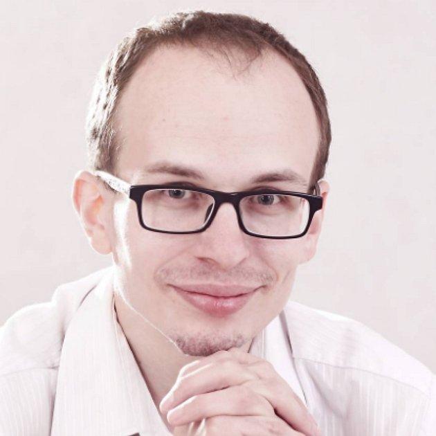 Petr Novák (Mnichovo Hradiště) - Inteligenci, rozhled, morální bezúhonnost, reprezentativní chování a vneposlední řadě jakousi přirozenou autoritu, nevynucovanou otřepanými frázemi, mazáním medu kolem úst a marketingovými triky. Dva až tři kandidáti by n