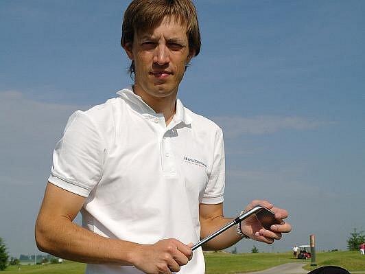 Martin Koukal vyměnil lyžařské hůlky za golfové hole.