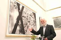 Andrej Barla, který vystavuje v Galerii Templ v Mladé Boleslavi.