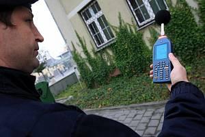Měření hluku - ilustrační foto