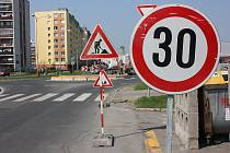 Opravy silnic v Mladé Boleslavi vypukly naplno.