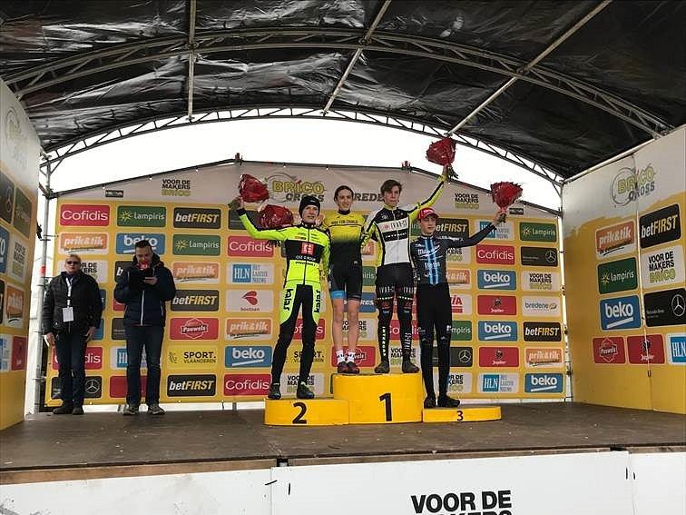 Poslední dva závody letošního roku zastihli některé mladé cyklisty z IVAR CS AUTHOR Teamu v reprezentačním dresu v Belgii.