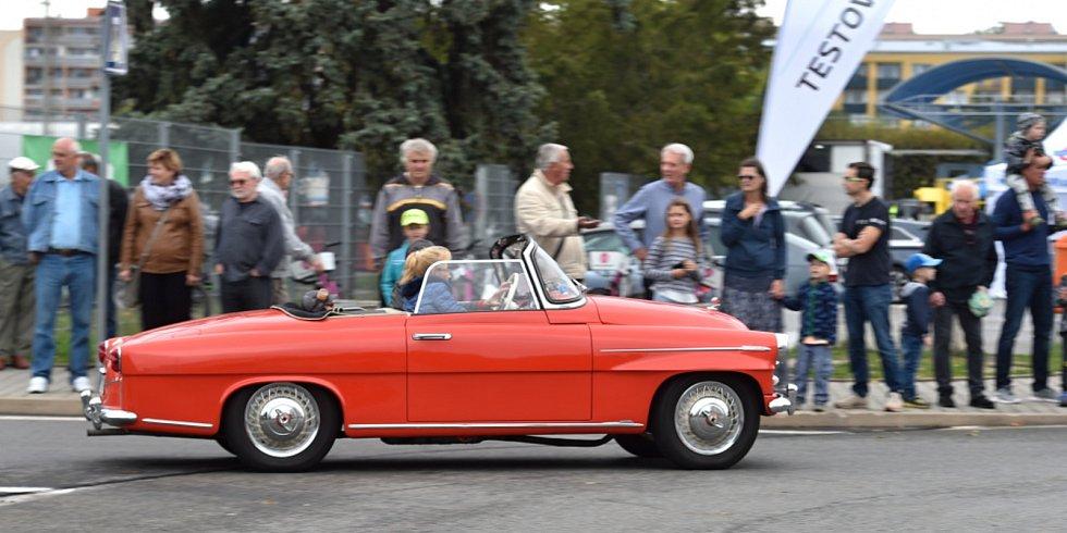 Ze 17. ročníku Svatováclavské jízdy v Mladé Boleslavi.