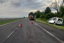 Dálnici D10 uzavřela nehoda dvou osobních aut.
