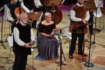 Z vystoupení Dagmar Peckové, kterou ve ŠKODA Muzeu doprovodil soubor Musica Bohemica.
