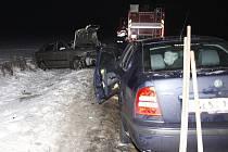 Nehoda dvě vozidla se srazila u Čisté