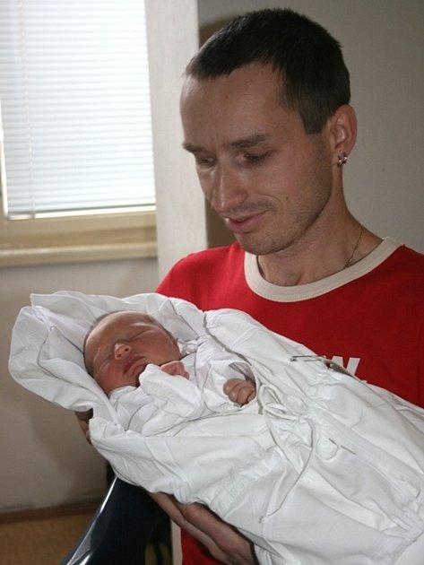 Zuzaně a Josefovi Šírovým se 7. listopadu narodila malá Zuzanka. Vážila 2,970 kg a měřila 50 cm.