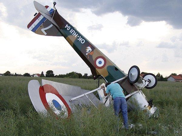 Letadlo spadlo nedaleko boleslavského letiště