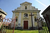 KOSTEL sv. Štěpána v Řitonicích pochází z druhé poloviny 14. století a město se ho už několik let snaží zachránit.