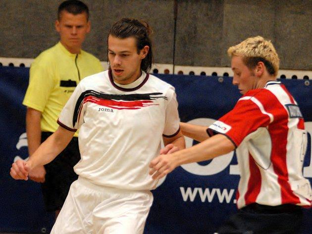 Halové fotbalové turnaje jsou v boleslavské hale velice populární.