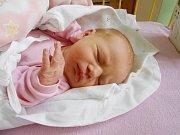 Natálka Tvarohová se narodila 30. listopadu, vážila 2,88 a měřila 48 cm. S maminkou Ivou a tatínkem Petrem bude bydlet v Jizerním Vtelně, kde už se na ni těší bráška Péťa.