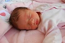 Tereza Bažová se narodila 17. listopadu, vážila 2,25 kg a měřila 44 cm. Maminka Tereza a tatínek Roman si ji odvezou domů do Benátek nad Jizerou, kde už se na ni těší bráška Románek.