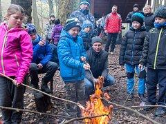 Nejmenší házenkáři z Bělé se vydali spolu s rodiči a trenéry na výlet k známé Březinské studánce.