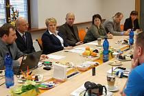 Tisková konference k fungování rekondičního centra v Mladé Boleslavi.