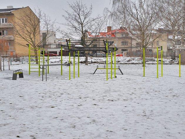 Posilovací park u Domu kultury v Mladé Boleslavi bude vypadat takhle nějak.