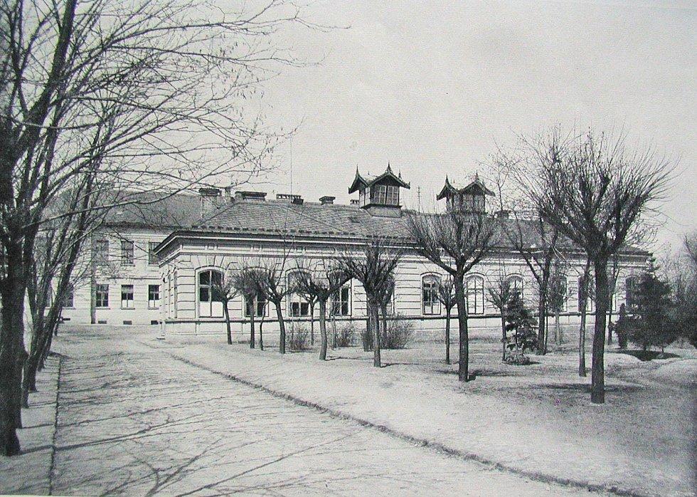 Pavilon infekčních nemocí ve stavu z roku 1912