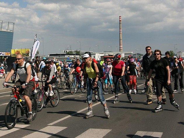 11. jízda Mladou Boleslaví odstartovala krátce po 15. hodině.