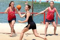 Největší turnaj v plážové házené se letos v Bělé pod Bezdězem hrát nebude