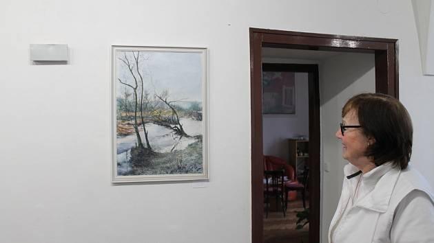 V mladoboleslavské Galerii pod věží byla 11. dubna zahájena výstava obrazů místního výtvarníka Zdeňka Halíře st., nazvaná Česká krajina.