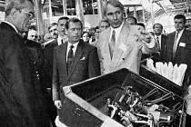 Prezident Václav Havel v automobilce Škoda Auto.