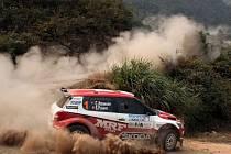 Chris Atkinson / Stephane Prevot s vozem Škoda Fabia Super 2000 slaví stejně jako značka premiérový titul ve FIA asijsko-pacifickém rally šampionátu