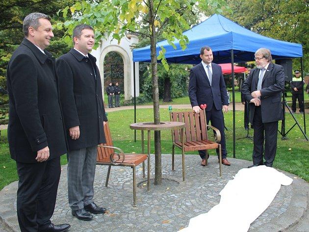 Boleslav má lavičku Václava Havla.