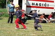Malí hasiči dávají do boje vše