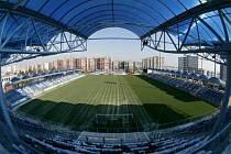 Pohled z jižní tribuny Městského stadionu v Mladé Boleslavi