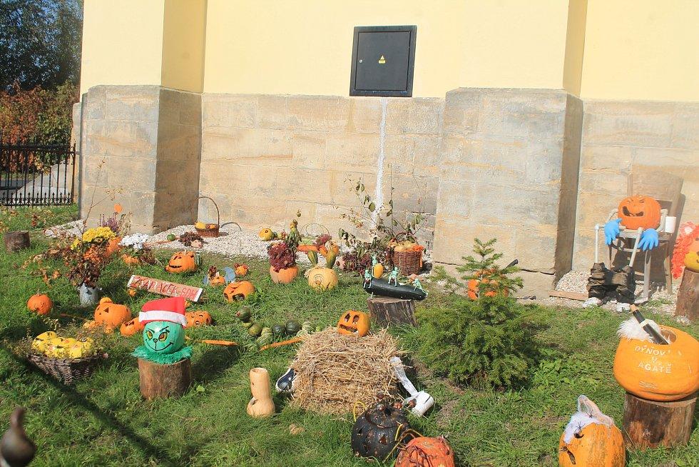 Dýňová výstava u Žďárského kostela