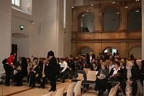 Promoce absolventů Vysoké školy Škoda Auto v kostele sv. Bonaventury