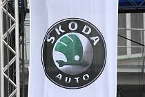Oslavy 100 let od zahájení výroby automobilů v závodě Škody Auto ve Vrchlabí.