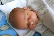 Markéta Petrová se narodila 9. prosince, vážila 3,5 kg a měřila 51 cm. S maminkou Jindřiškou a tatínkem Martinem bude bydlet v Židněvsi, kde už se na ni těší sestřička Rozárka.