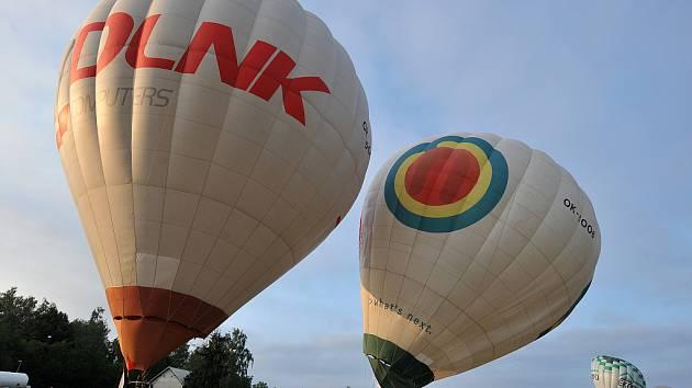 Jedenáctý ročník Bělského balónového hemžení.