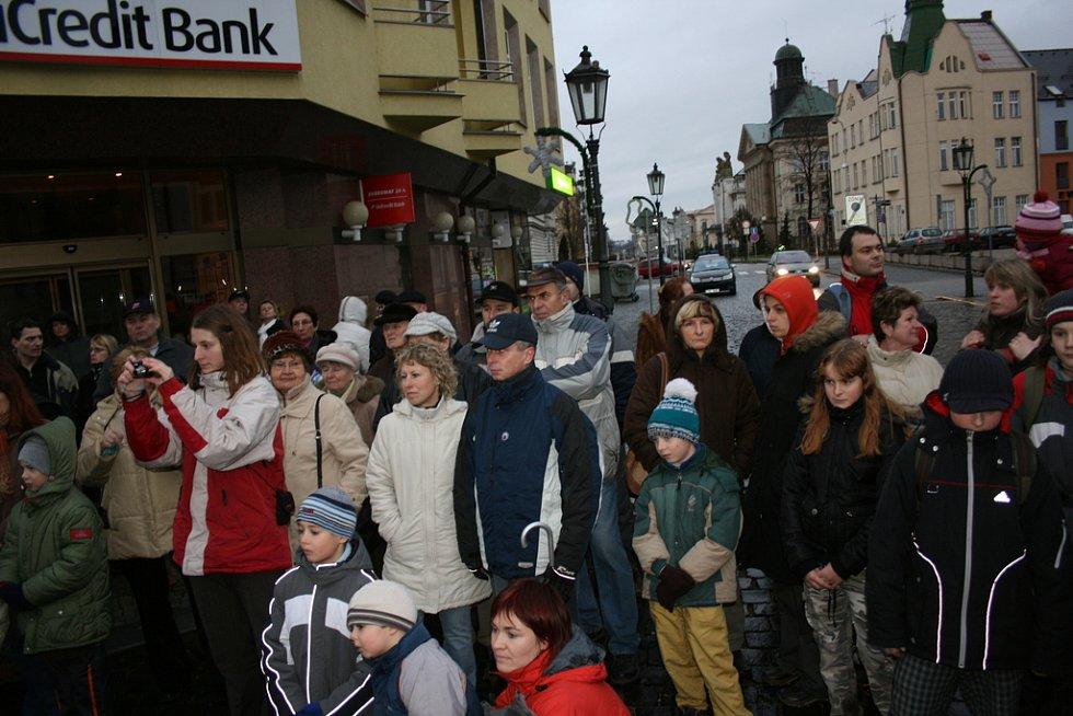 Průvod Tříkrálový odstartoval na Českobratrském náměstí.