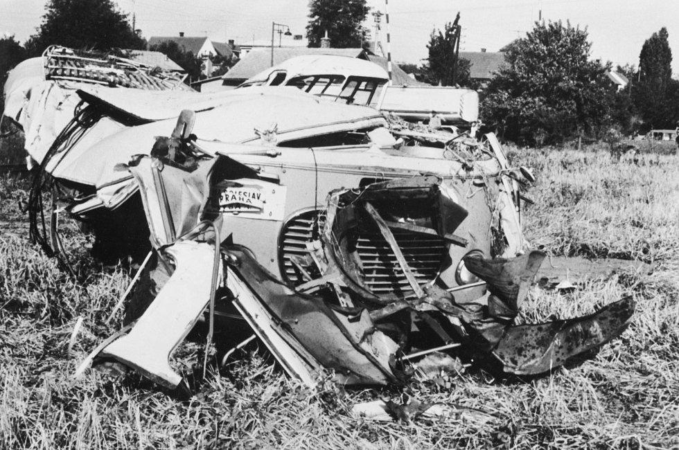 V pondělí 28. července 1969 se na přejezdu v Bezděčíně u Mladé Boleslavi srazil autobus s vlakem. Na místě zemřelo 23 lidí, jeden člověk zemřel v nemocnici.