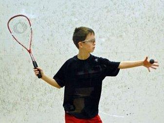 Matěj Kulka vybojoval na šmpionátu juniorů ve squashi stříbrnou medaili.