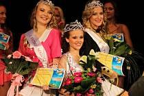 Finalistky. Zleva: Hana Papežíková (1. vicemiss), Veronika Kadlecová (miss) a Nikol Pecháčková (2. vicemiss).