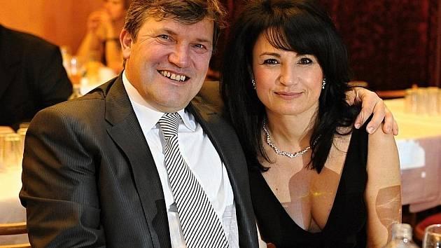 POSLANEC Jan Smutný s přítelkyní na plese města Mladá Boleslav.
