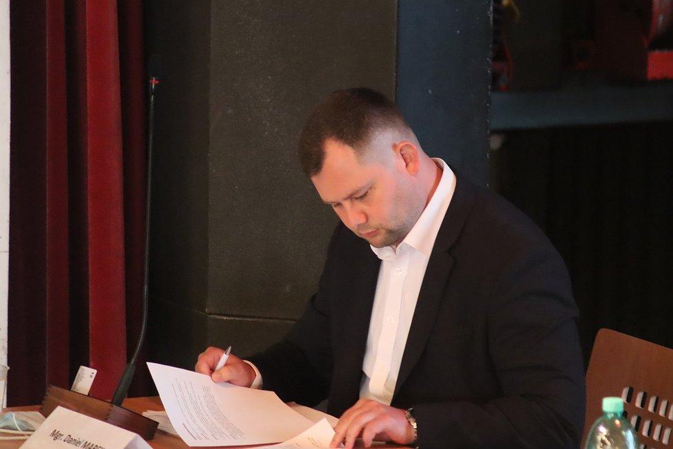 Ze zasedání mladoboleslavského zastupitelstva 29. května 2020.